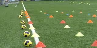 Voetbalschool begint weer op zondag 19 september 2021